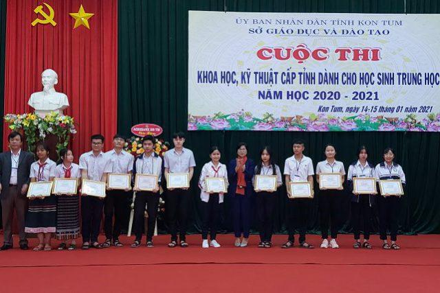 Bế mạc và trao giải Cuộc thi Khoa học, kỹ thuật cấp tỉnh dành cho học sinh trung học năm học 2020 – 2021