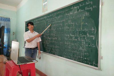 Trường THPT Duy Tân- TP Kon Tum: Dạy học trực tuyến sẽ bổ trợ thêm cho dạy học qua truyền hình