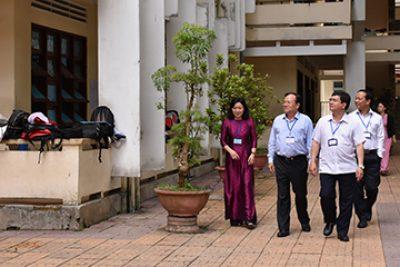 Đồng chí Nguyễn Hữu Tháp – Phó Chủ tịch UBND tỉnh, Trưởng Ban chỉ đạo kỳ thi THPT Quốc gia năm 2019 tỉnh kiểm tra các điểm thi