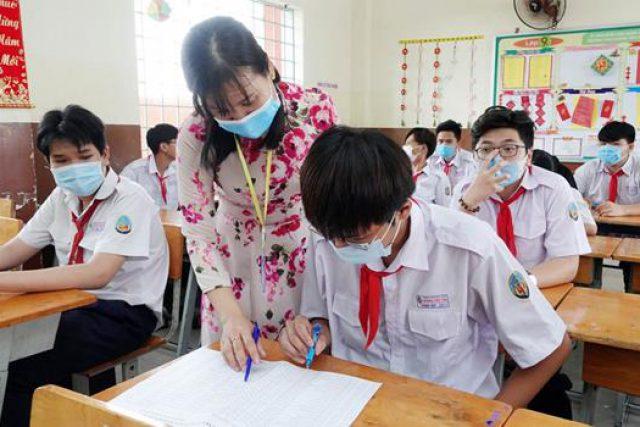 Hướng dẫn thực hiện Chương trình giáo dục trung học năm học 2021-2022